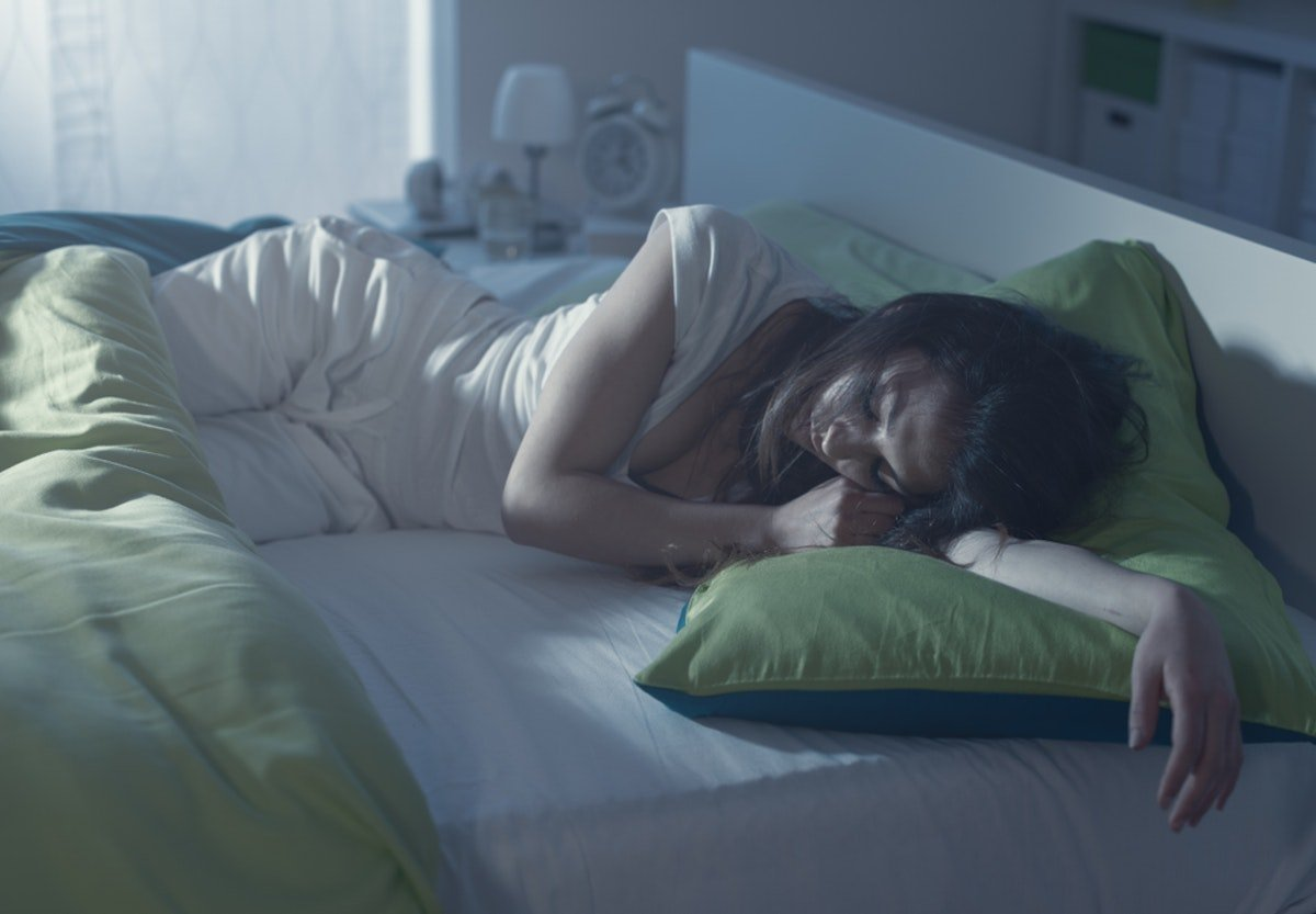 There Might Be A Genetic Reason Some People Love Napping & Others Hate It