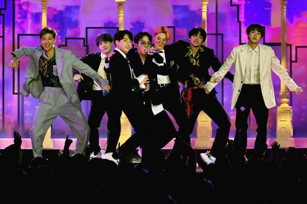 """BTS' 'The Voice' Performance Of """"Boy With Luv"""" Was So Good & Well Worth All The Confusion"""