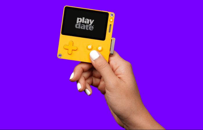 New Handheld Console Playdate Has a Crank and 12 Games