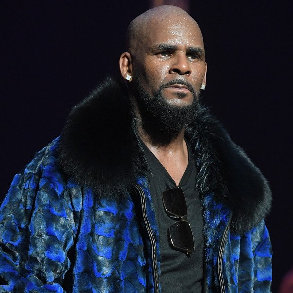R. Kelly Charged With 11 New Counts of Sexual Abuse