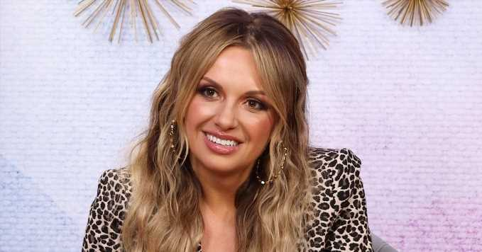 These Country Songs Top Carly Pearce's Summer Playlist
