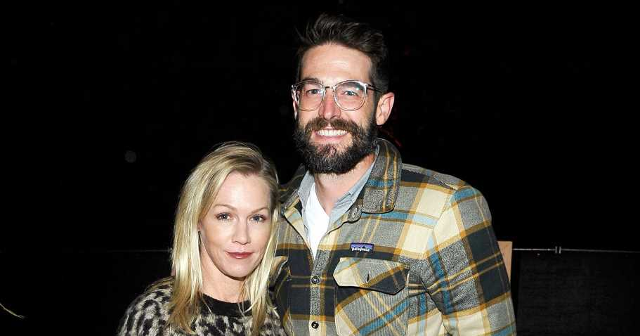 The Key to Jennie Garth's Loving Relationship With Husband Dave Abrams
