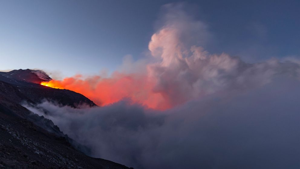Italy's Mount Etna spews lava in new phase of eruptions