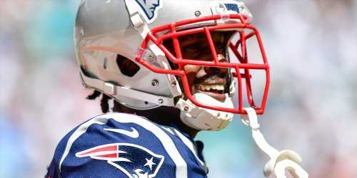 Antonio Brown Reacts to Being Cut From the New England Patriots