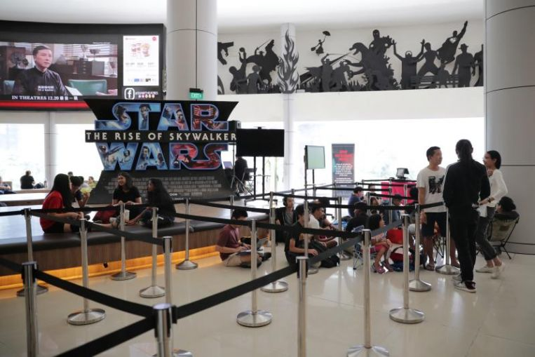 Star Wars fans queue overnight for The Rise Of Skywalker advance Imax tickets