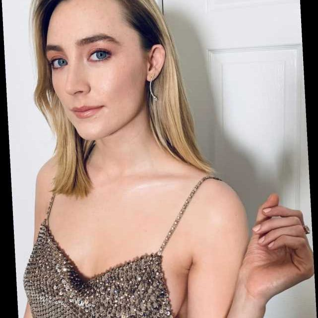 Saoirse Ronan's Shimmery Highlight Deserved Its Own Golden Globe