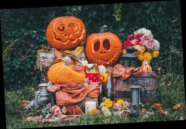 How To Make Your Backyard Look Like Disney's Haunted Mansion & Regions Beyond