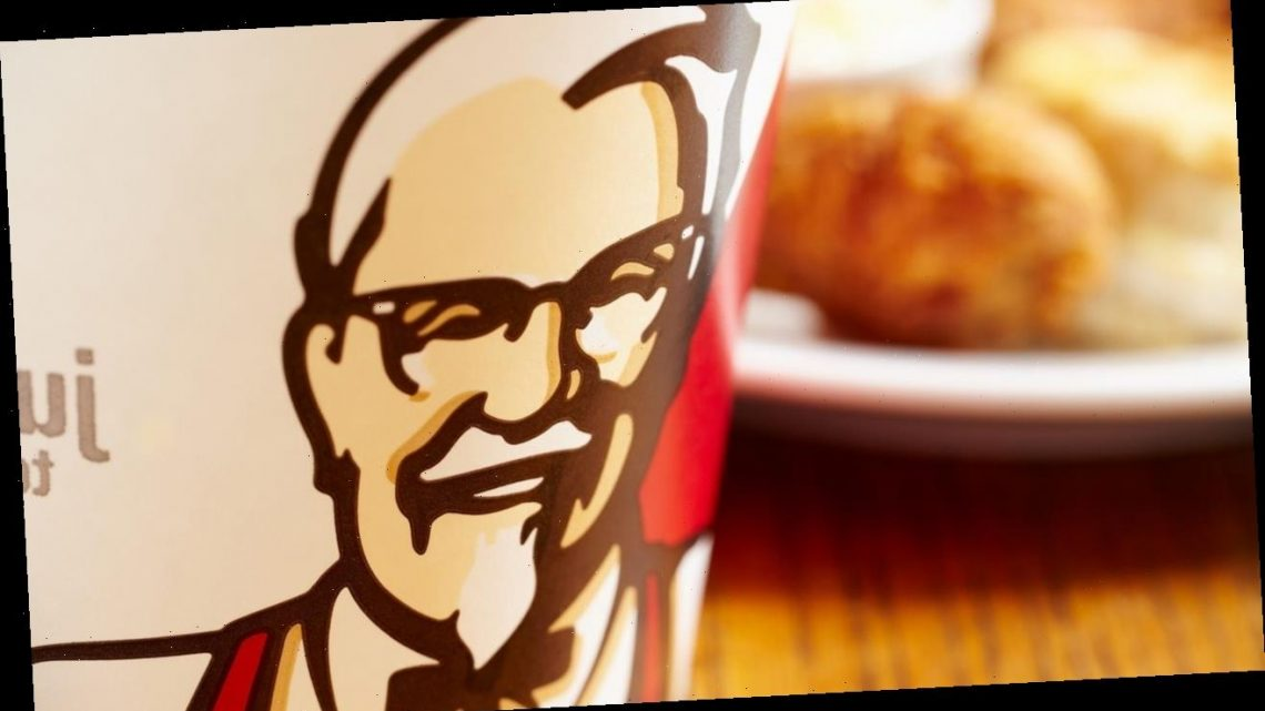 Maskless woman at KFC hops on counter, demands service after being asked to comply with COVID rules