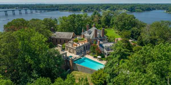 A seafood tycoon turned an abandoned former bootlegger's hideout into a $25 million dream home — take a look inside the Maryland mansion