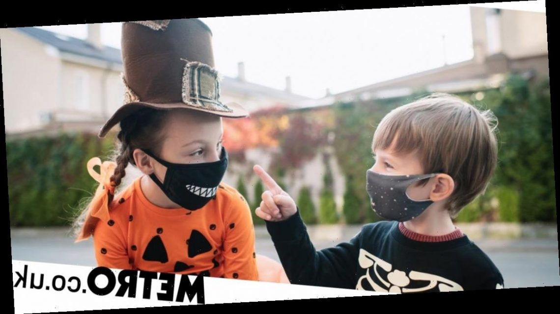 What Halloween costumes incorporate face coverings?