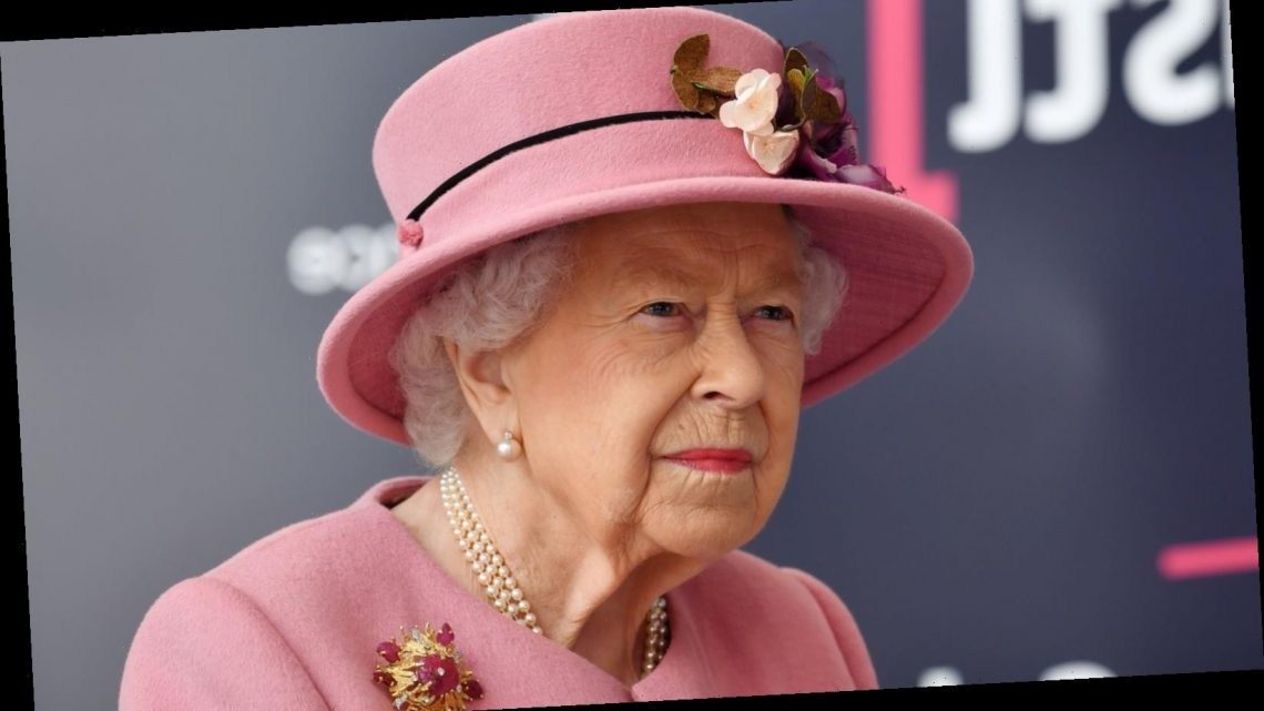 Why Queen Elizabeth's latest appearance has the internet seeing red