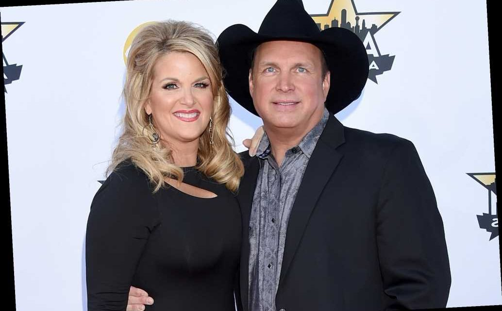 Garth Brooks and Wife Trisha Yearwood Set to 'Bring Some Holiday Magic' in Virtual Christmas Show