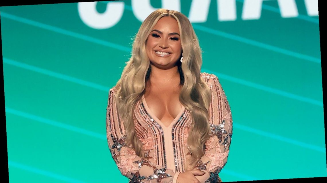 Demi Lovato Goes Blonde, Talks Broken Engagement to Max Ehrich at People's Choice Awards 2020