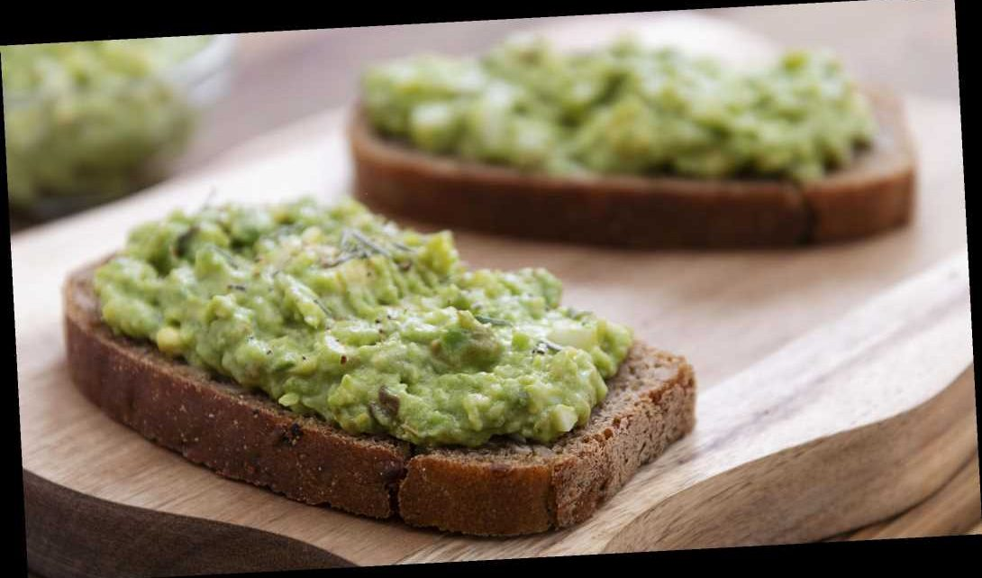 Viral video shows man using deodorant container to spread avocado on toast: 'That really does not look edible'