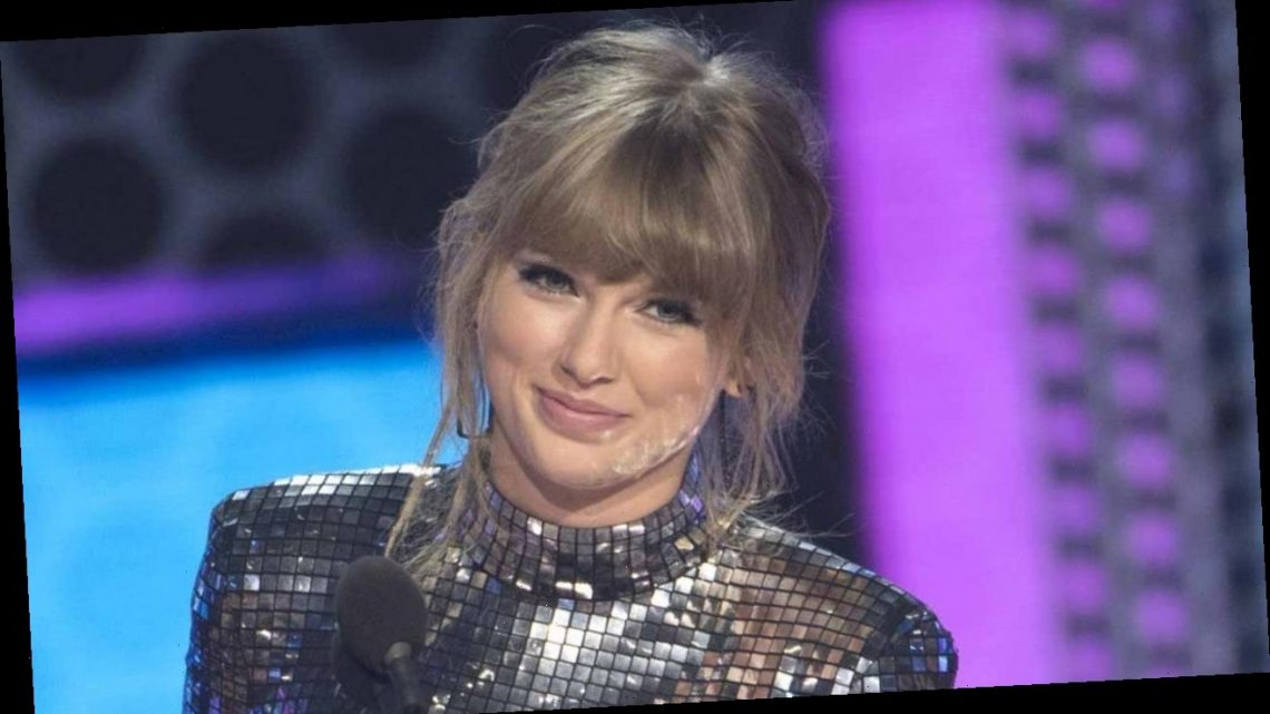 Taylor Swift Paints Note to Fan Who Writes Letters to Postal Workers