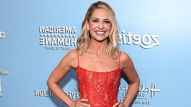 Sarah Michelle Gellar, 44, Rocks A Swimsuit To 'Relax' In The Pool On 'Me Time' Getaway