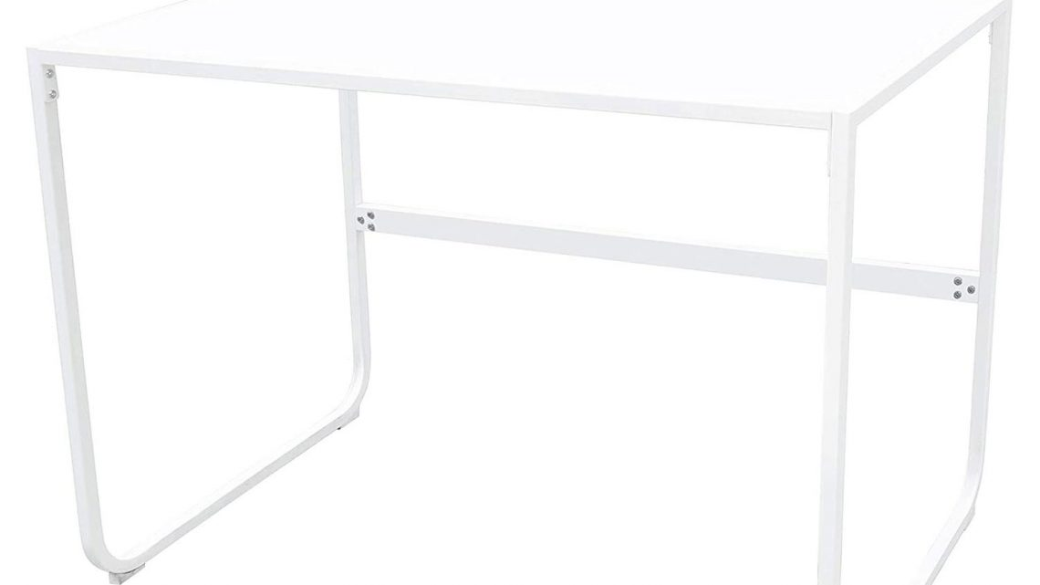This Affordable Desk from Amazon Will Instantly Upgrade Your Home Office