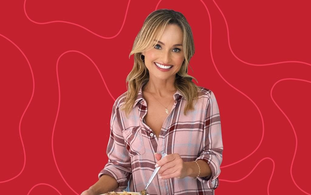 Giada De Laurentiis' Tuscan Salad Is The Ultimate Pairing With Your Favorite Grilled Foods