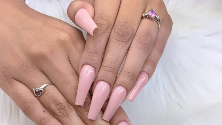Here's What You Should Know Before Choosing A Coffin Nail Shape