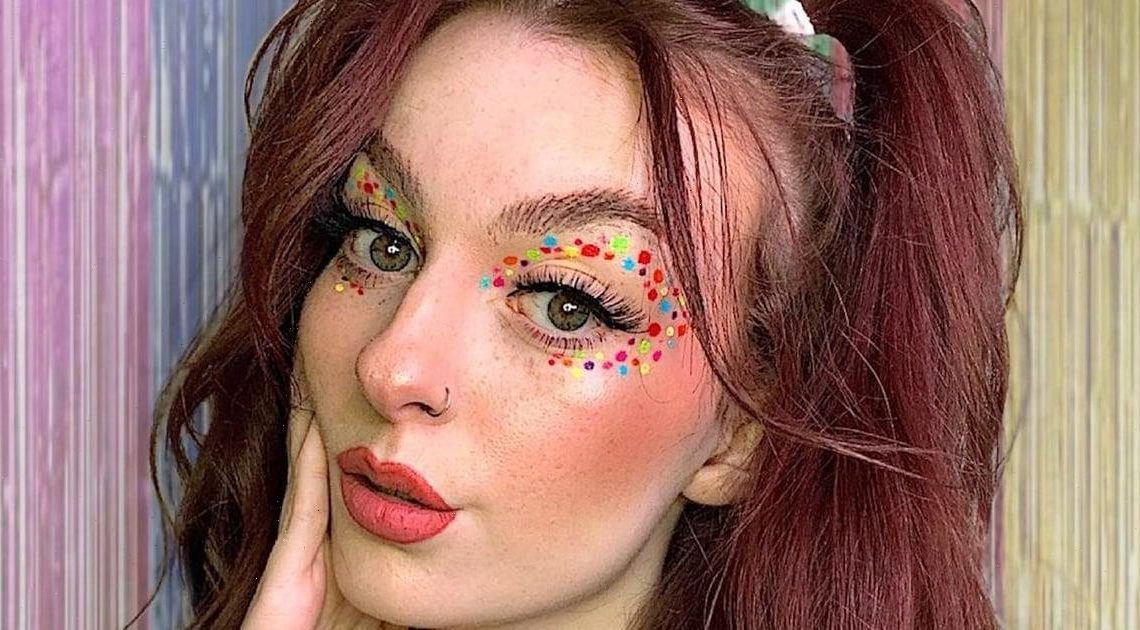 """The """"Confetti"""" Eyeliner Trend Lets You Bring the Party Wherever You Go"""