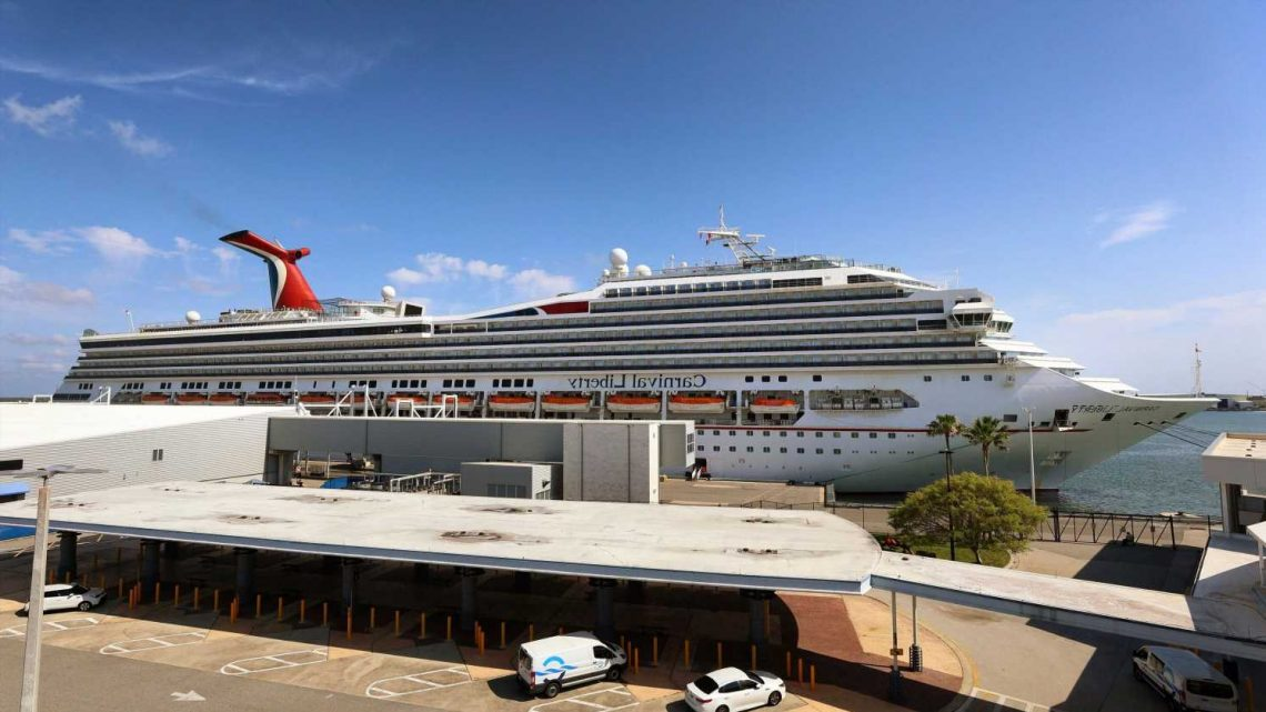 Carnival loses $2.1 billion amid COVID shutdown but says cruise bookings show 'pent-up demand'