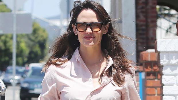 Jennifer Garner Runs Errands In Pink Button Down & Jeans As Ex Ben Affleck Yachts In Europe With J.Lo