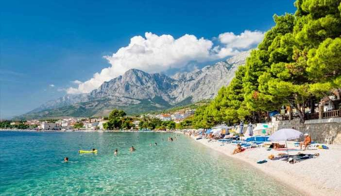 Jet2 adds more flights to green list Bulgaria and Croatia