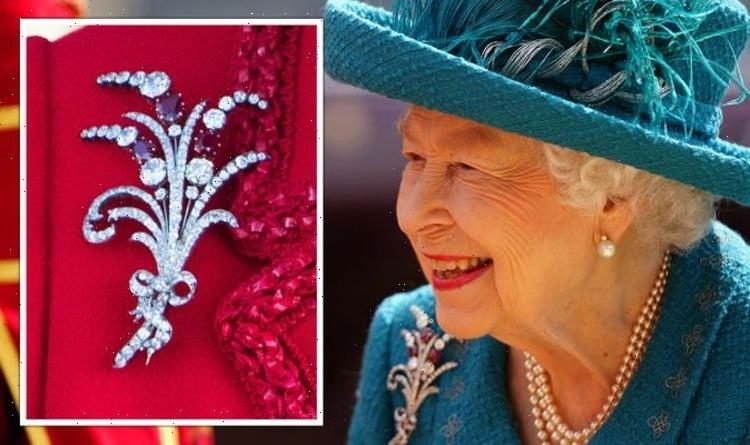 Queen Elizabeth wears rare ruby brooch for Manchester visit – only been worn five times