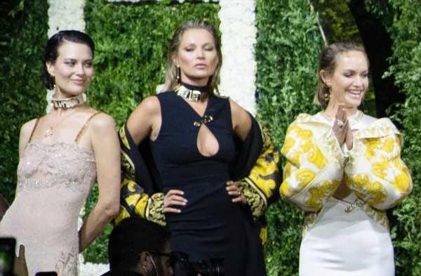 "Fendi and Versace's ""Fendace"" Show Was a Supermodel Reunion"