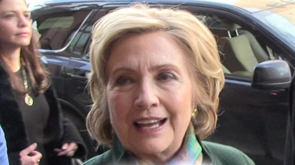 Hillary Clinton Says Call Her Madam Chancellor After Queen's University Ceremony