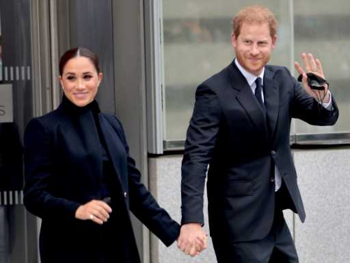 Meghan Markle & Prince Harry Looked So Chic in Matching Looks on Their First NYC Outing
