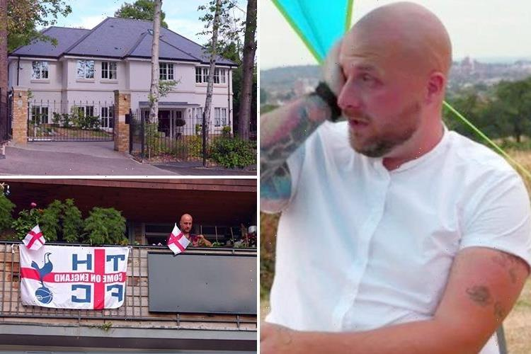 Rich House Poor House dad breaks down in tears after 'rich' couple offer to help him with £25K debt that leaves his family with a weekly budget of just £97