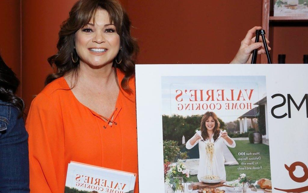 Valerie Bertinelli's Vegetarian Bolognese with Spaghetti Squash Is a 'Lighter Take on an Italian Classic'