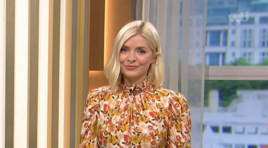 Holly Willoughby shows off flawless figure in chic floral dress on This Morning
