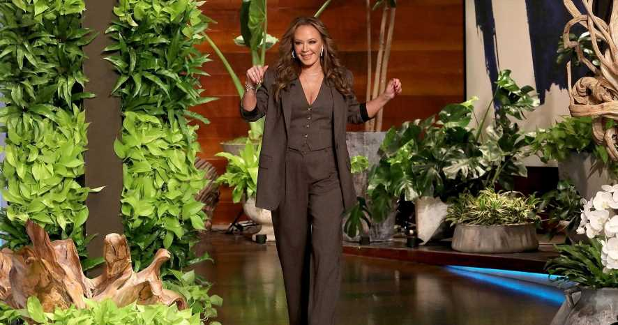 Leah Remini Calls Out Ellen DeGeneres for 'Acting' During Interview: Watch