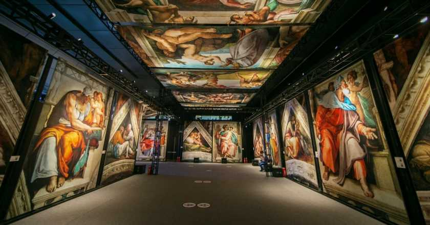 This immersive exhibit of Michelangelo's Sistine Chapel frescoes is your next must-see